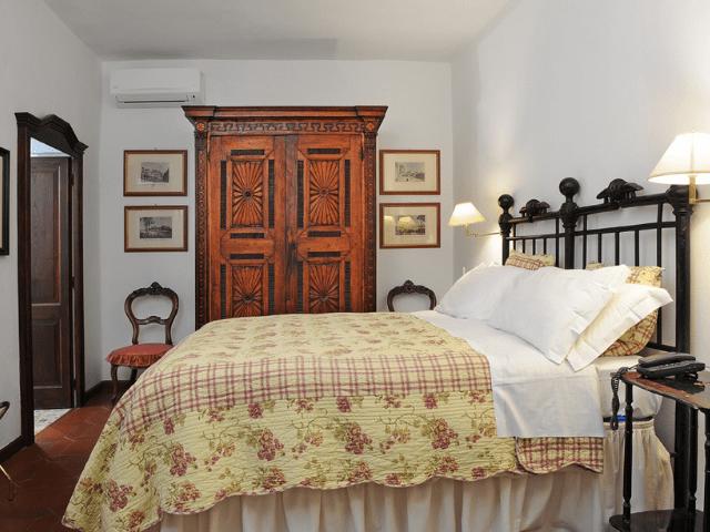 hotel lucrezia - riola sardo - sardinie (9).png
