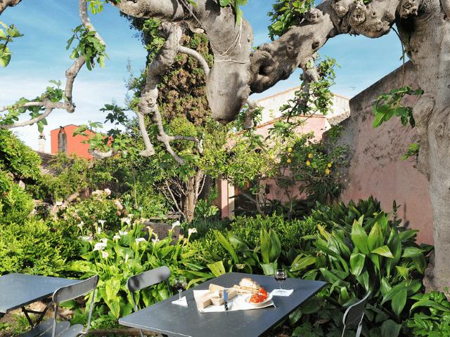 hotel lucrezia - riola sardo - sardinie (2).png