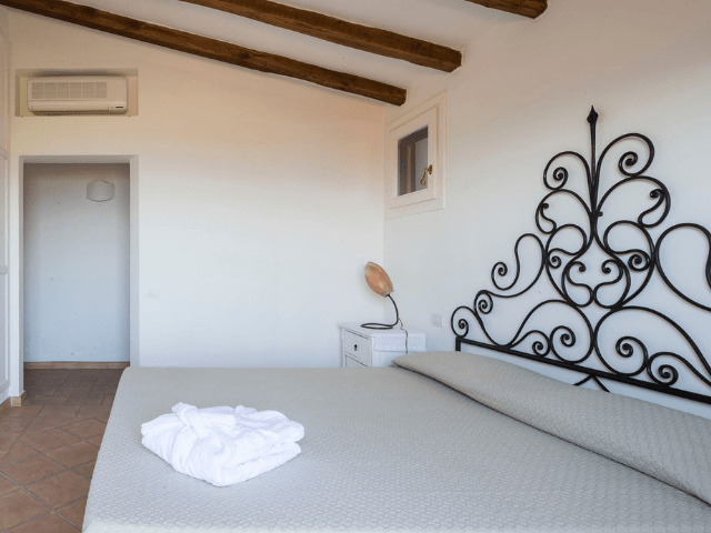 villa costa smeralda - abbiadori - sardinia4all (12).png