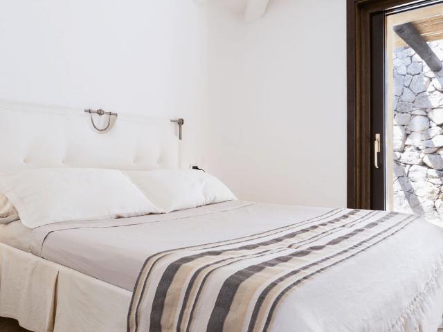 sardinie luxe villas - villa silvia - sardinia4all (9).png