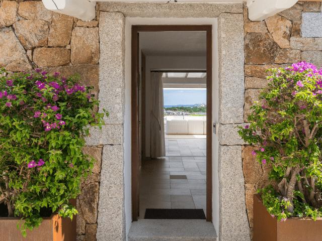 huis aan het strand op sardinie - beach villa golfo aranci - sardinia4all (11).png