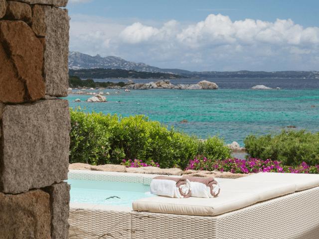 huis aan het strand op sardinie - beach villa golfo aranci - sardinia4all (1).png
