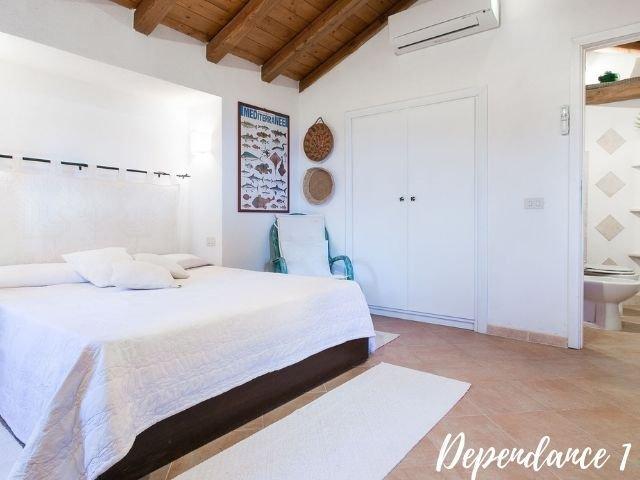 luxe villas sardinie- villa milaggiu - sardinia4all (2).jpg