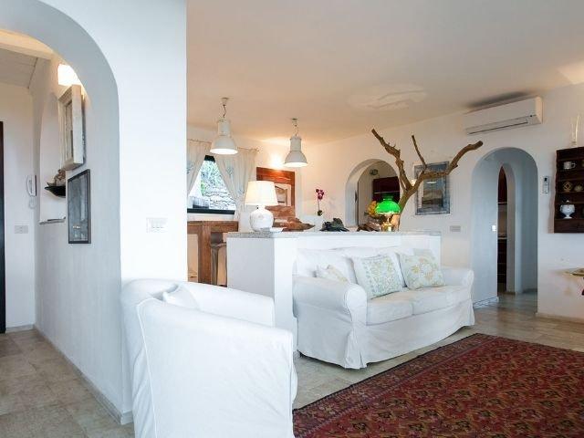 luxe villas sardinie- villa milaggiu - sardinia4all (18).jpg