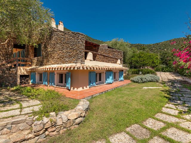 villa blu solanas - vakantiehuis sardinie - sardinia4all (24).png