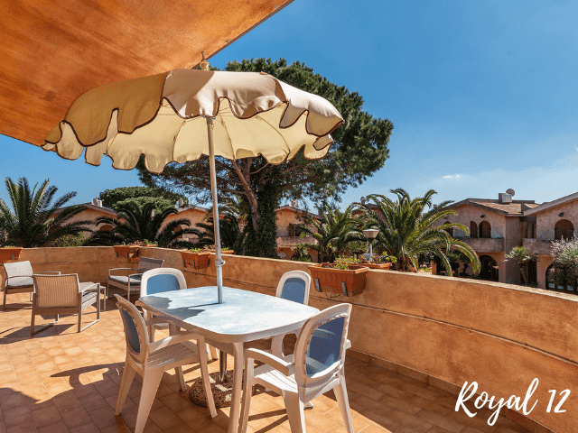 apartment royal 12 - costa rei (3).png