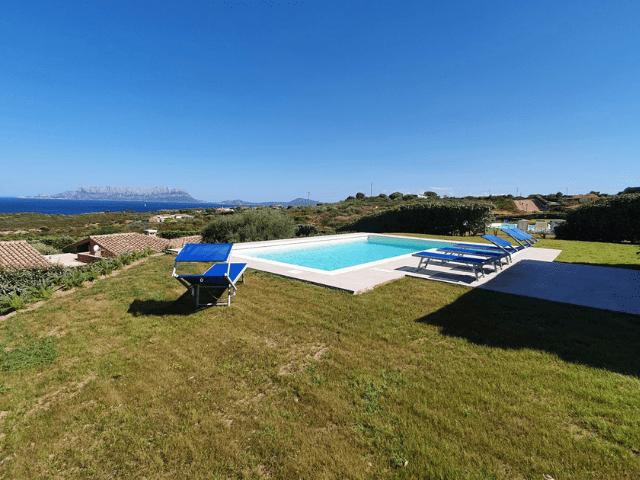 vakantiehuis met zwembad in golfo aranci - sardinie (28).png
