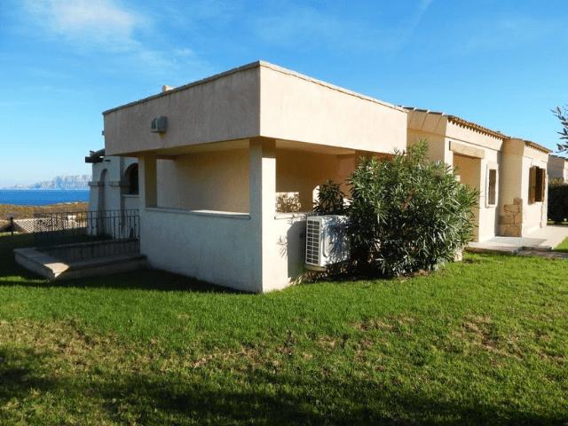 vakantiehuis met zwembad in golfo aranci - sardinie (25).png