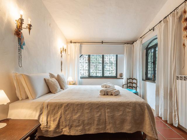 luxe huis sardinie met zeezicht en zwembad (15).png