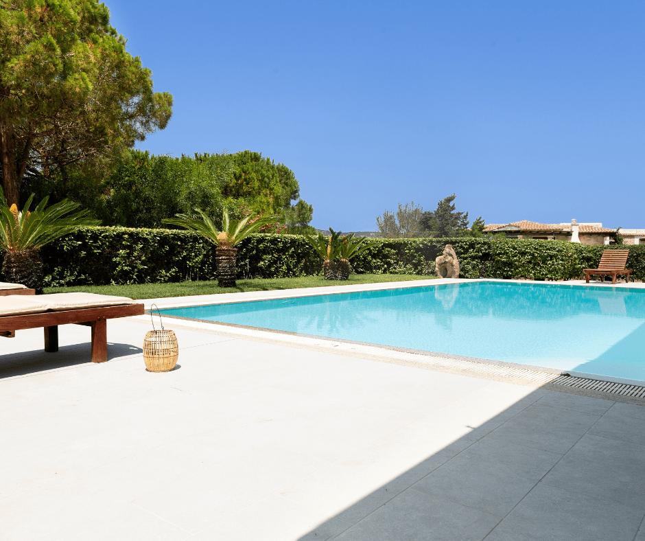 villa con piscina sardegna - sardinia4all (25).png