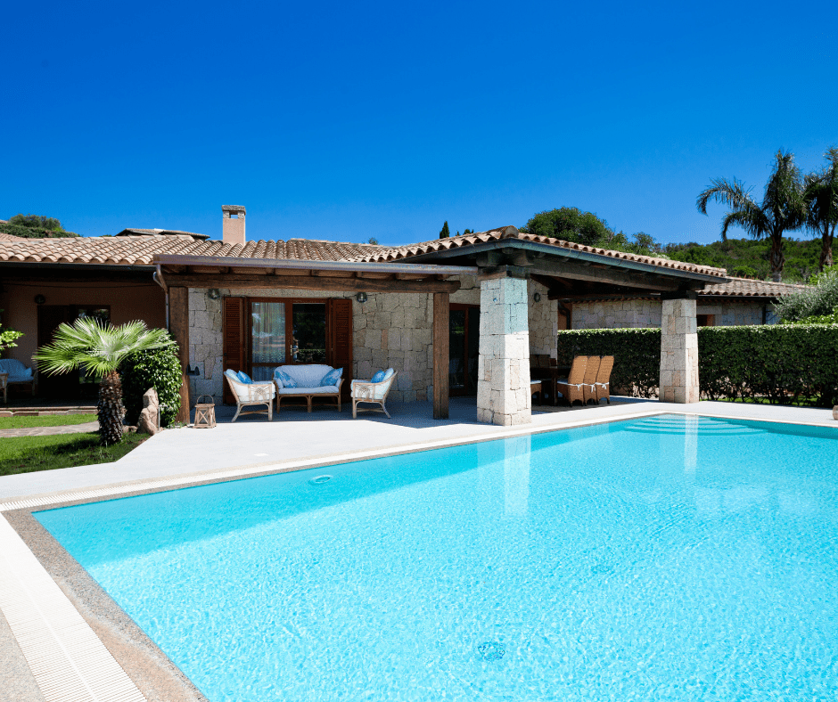 villa con piscina sardegna - sardinia4all (1).png