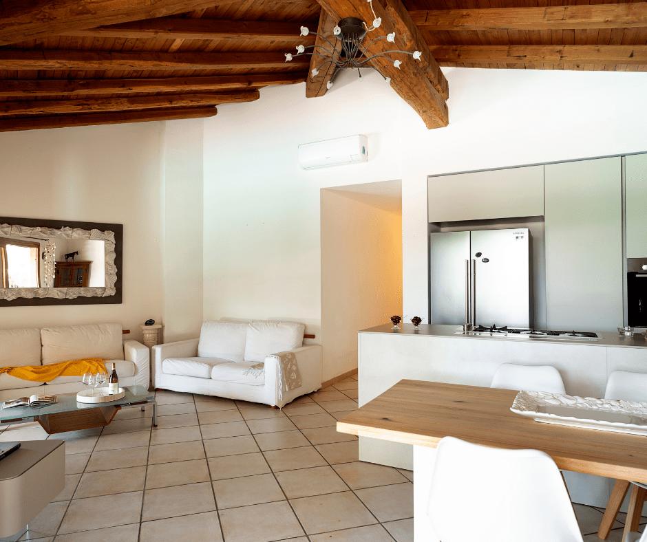 villa con piscina sardegna - sardinia4all (5).png