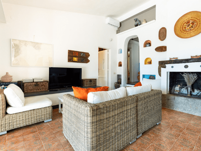 villa met zwembad in sardinie (20).png