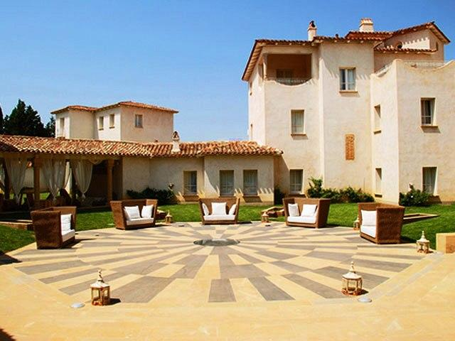 Tarthesh Hotel - Guspini - Medio Campidano - Sardinie