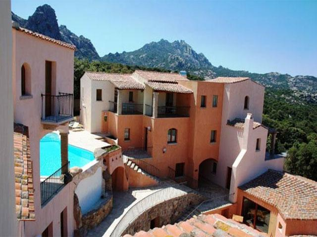 Hotel Arathena - San Pantaleo - Sardinië - Foto