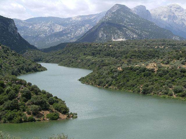 Lago del Cedrino - Dorgali -  Sardinië - Foto