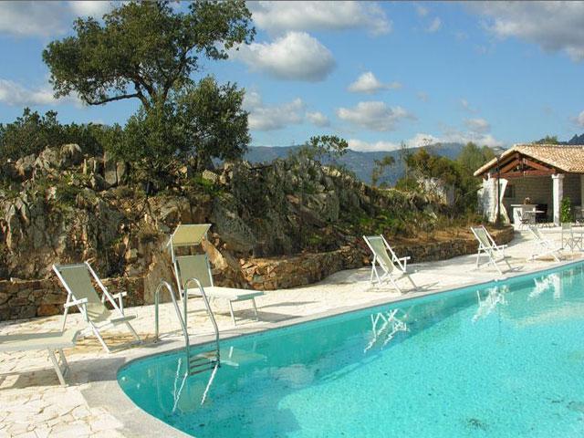 Agriturismo I Mandorli - Agriturismo met zwembad in Sardinie