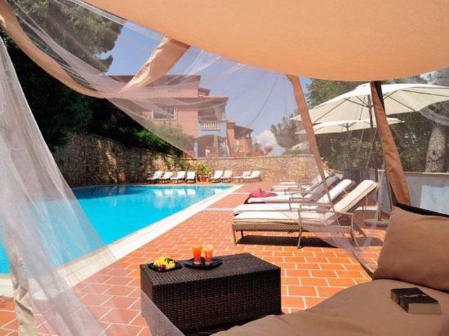 Hotel Su Lithu - Country Hotel con piscina in Sardegna