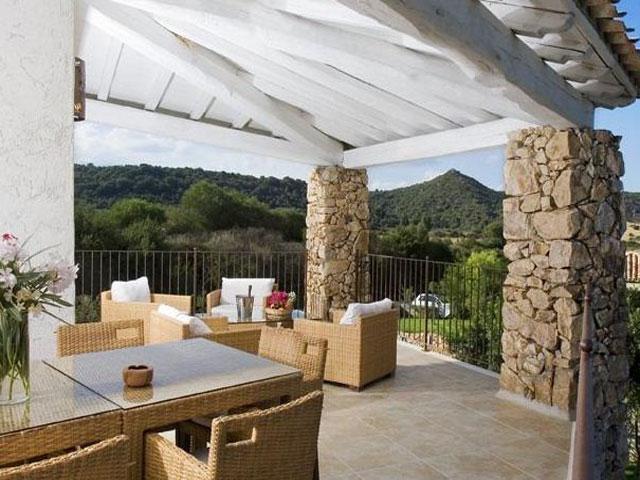 Villa in Villas Resort - Luxe vakantiehuizen met zwembad in Costa Rey - Sardinie (9)