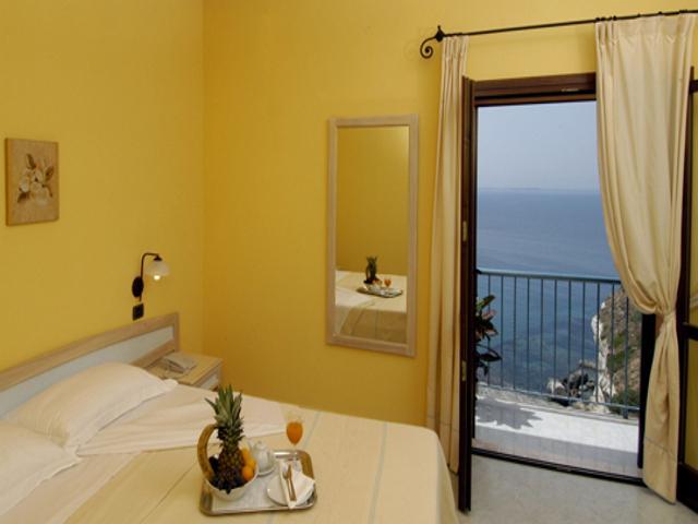 Vakantie Sardinie - Hotel La Baja - Santa Caterina di Pittinuri (1)