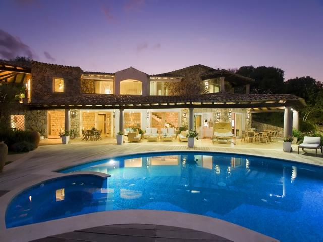 Groot vakantie huis sardinie met zwembad - luxe vakanties sardinie