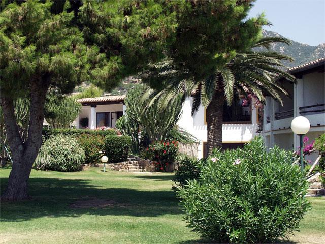tuin_hotel_cormoran_sardinie (1)